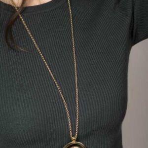 collar-largo-elegance-oro (1)
